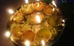 Éclairage de la lampe au citron à la déesse Durga avec le mantra à réciter