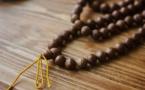 FAITES CES CHOSES SANS FAUTE EN PRIANT DIEU