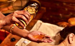 INDE : À LA RENCONTRE DES GRANDS MAÎTRES DE L'AYURVÉDA