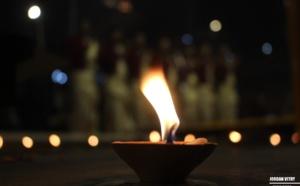 L'INDE APPEL À COMBATTRE L'OBSCURITÉ DU COVID-19 AVEC DE LA LUMIÈRE CE DIMANCHE