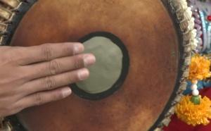 CONTE INDIEN : LE PETIT GARÇON QUI VOULAIT UN TAMBOUR