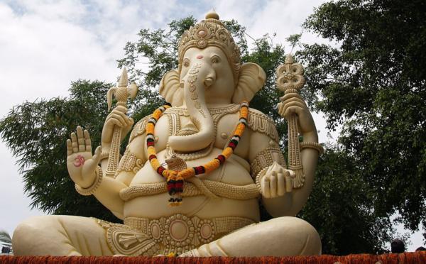 Pourquoi Ganesha a-t-il été adoré le premier dans l'Hindouisme ?
