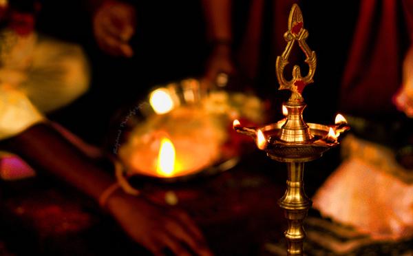 TYPES DE VILAKKU (LAMPE)